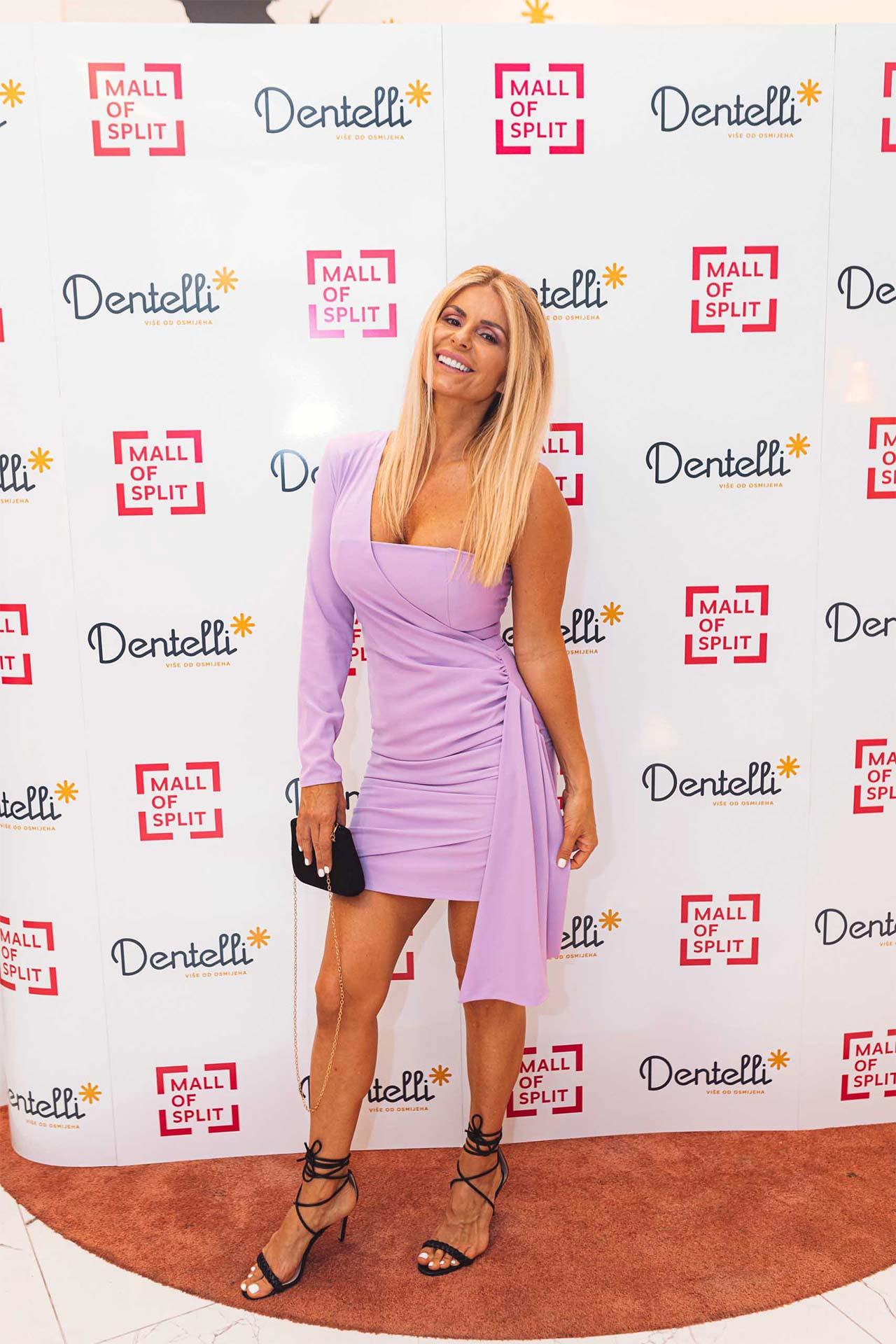 Dentelli Fashion Show - Wall of Fame (4)