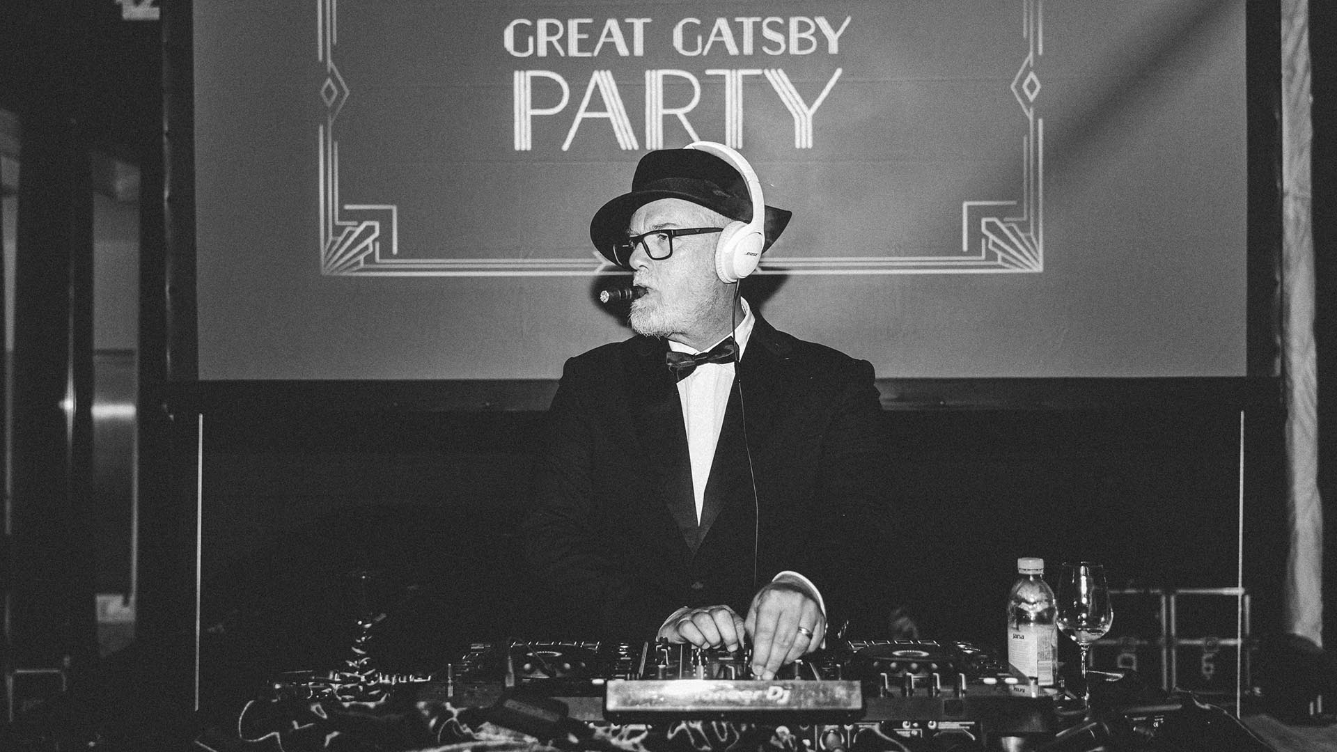 Dentelli Great Gatsby Party DJ Matthew Bee